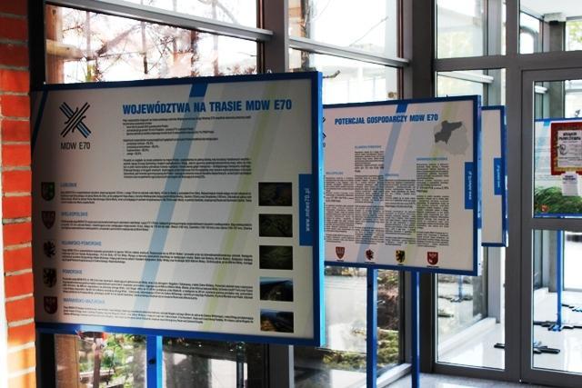 Exhibition to promote IWW E70