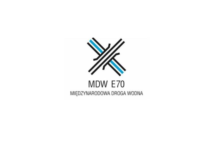 TURYSTYKA MDW E70